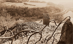 La valle de l'Ourthe, carrires de Gromont, Comblain-au-Pont, Province de Lige, Belgium (claude lina) Tags: nature landscape belgium belgique paysage comblainaupont carrires valledelourthe provincedelige claudelina gromont ourtheamblve