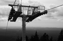 Wurmberg Seilbahn (Andreas Meese) Tags: wood summer mountain mountains nature weather june juni clouds nikon day cloudy sommer tag natur wolken 5100 wald harz wetter gebirge seilbahn wolkig bedeckt mittelgebirge braunlage wurmberg