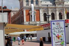 IMG_2242 (ladislaus_nim) Tags: plazamayor cultura feriadellibro barriocentro