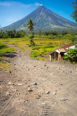 Mount Mayon (knet2d) Tags: travel volcano asia philippines mount filipino mayon bicol cagsawa legazpi albay summilux35 sonya7r