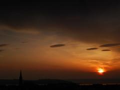 Flatt Road 1 (g crawford) Tags: sunset sky scotland riverclyde clyde skies sundown scottish sunsets coastal crawford scots ayrshire largs clydecoast cumbrae firthofclyde ayrshirecoast