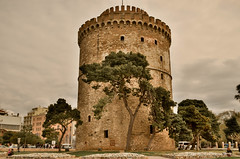 White Tower, Thessaloniki (stepo2008) Tags: white tower greece thessaloniki pirgos leukos  flickraward   nikonflickraward