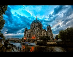 Berlin Dom (Yohsuke_NIKON_Japan) Tags: city berlin clouds river germany deutschland boat nikon europe cathedral cloudy capital eu sigma db german museumsinsel 10mm    colorefex  d300s