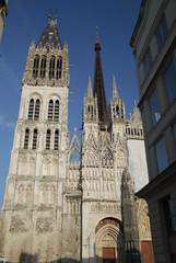 la cathédrale notre-dame de Rouen  (7) (pontfire) Tags: france church monument notredame cathédrale normandie normandy 76 seinemaritime hautenormandie pontfire villederouen cathédraledefrance cathédraledenormandie