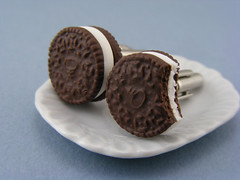 Oreo Cufflinks (Shay Aaron) Tags: blackandwhite food miniature milk cookie geek handmade mini jewelry collection polymerclay fimo tiny wearable petit cufflinks shayaaron