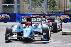 Pagenaud and Hildebrand, curb jumping in T.O. (Richard Wintle) Tags: toronto ontario canada honda hp indy hotwheels firehawk nationalguard firestone practice hewlettpackard indycar izod exhibitionplace turn5 dallara pantherracing streetsoftoronto simonpagenaud jrhildebrand curbjumping schmidthamiltonmotorsports