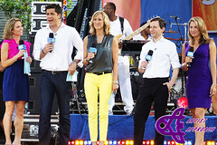 Amy Robach , Josh Elliott, Lara Spencer, Dan Harris, Ginger Zee (ArtistApproach) Tags: new york city nyc newyorkcity morning ny newyork dan america ginger amy joshua good centralpark manhattan daniel august zee josh lara abc harris spencer gma elliott 2012 goodmorningamerica summerstage danharris laraspencer rumseyplayfield amyrobach joshelliott robach gingerzee