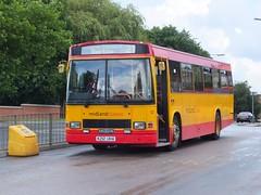 Midland Classic 12 Swadlincote (Guy Arab UF) Tags: red bus classic buses 1212 derbyshire north entrance east 1993 step falcon 12 dennis midland midlands arriva lancs independents swadlincote k212uha