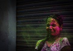 Rang De - Holi 2014 (Vilvesh) Tags: red people india color green colors girl canon photography 50mm culture chennai holi tamilnadu cwc powders sowcarpet chennaiweekendclickers vision:text=0841 holiefestival