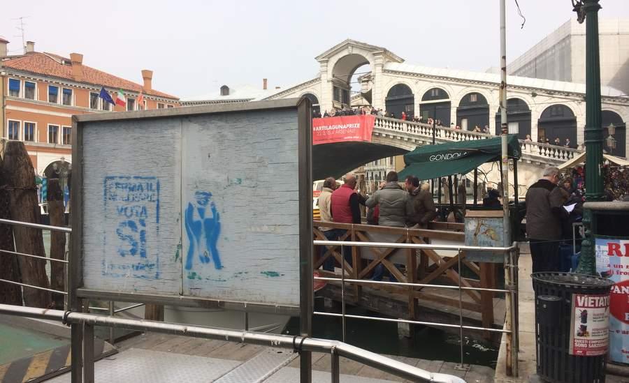 Агитация за референдум под мостом Риальто