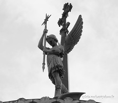 L'ange de Fourvière (sylvie.rochas) Tags: france statue angel lyon ange unesco angelo saintmichel fourvière archange frenchcity canoneos600d