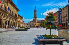 Plaza del Pilar y Catedral (Josinisam) Tags: copyright monumento iglesia zaragoza nikond7000 josinisam joseignaciosantamaria