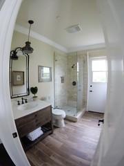 GOPR guest bath 01