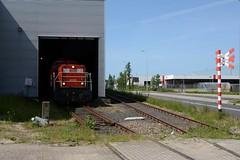 6439 met Electrolux-trein (klok.richard) Tags: train zug cargo electrolux rijn trein 6400 gterzug alphen dbcargo 6439 rhijn goederentrein