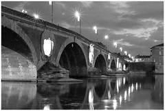 Toulouse - Le pont neuf (Photogenic31.) Tags: {ajoutezvosmotsclésenlesséparantpardespointsvirgules} toulouse nuit soirée garonne pont nikon d2xs d7000 d