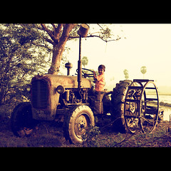 The Village Boy! (VinothChandar) Tags: pictures city boy india tractor nature rural canon happy photo village play photos joy picture pic age agriculture chennai gadgets tamilnadu iphone cwc thirumazhisai chennaiweekendclickers