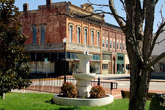 IMG_7416 (Patrick B. Stivers) Tags: rural community downtown kentucky sightseeing oldbuildings smalltown historicdowntown hopkinsvilleky ruraltown placetovisit fortcampbellarea smallcityliving