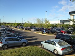 Lot was filling up by 7:30! (thinkgeekmonkeys) Tags: nasa shuttle discovery thinkgeek udvarhazy ov103 spottheshuttle