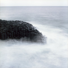 fingal head (sue.h) Tags: longexposure film water mediumformat rocks waves head tide 120film newsouthwales splash fingal portra160 fingalhead