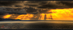 Falling skies (_Hadock_) Tags: windows sea wallpaper sky panorama sun sol clouds de mar high nikon ray background pano 7 8 commons screen full explore cielo panoramica nubes xp vista hd ocho popular tamron range 18200 fondo hdr pantalla siete pantallas rayos saver salva walpaper dinamic salvapantallas cretive ban1 d80 ban3 banish2