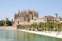 The Cathedral of Santa Maria of Palma, Mallorca (Daniel Newcombe) Tags: church spain nikon cathedral catedral santamaria mallorca palma majorca d5100