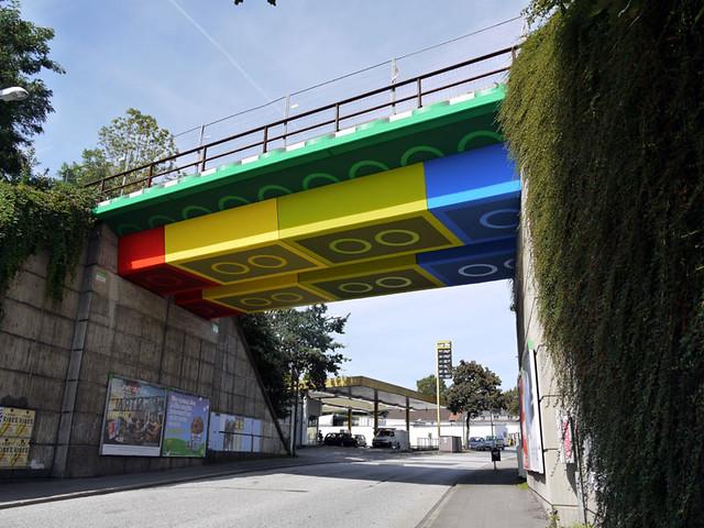 德國出現了「樂高」橋!