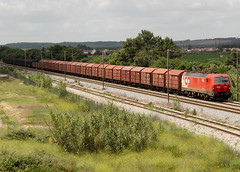 LE 4716 | 50833 | Riachos (Fbio-Pires) Tags: portugal electric train us siemens his locomotive cp freight wagons comboio eixo ferrovia kbs locomotiva 4700 elctrica vages 4716 riachos cpus eurosprinter mercadorias linhadonorte cpkbs 50833 cpcarga terminalintermodal cp4700 tracoelctrica cphis cp4716