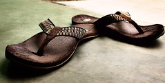 Tribu (jale switchiro) Tags: slippers tribu jale tsinelas