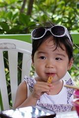 DSC06169 (1) (小賴賴的相簿) Tags: life baby child sony 台灣 家庭 金山 烤肉 生活 萬里 亞尼克 小孩 親子 玩水 1680 兒童 a55 1680mm 蔡斯 slta55v 淺沐道 anlong77 小賴家 小賴賴