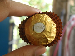 yummy (Lhei | bBernas) Tags: food photo chocolate samsung foo choco ferrero w150f