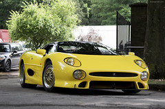 XJ2Plenty (tWm.) Tags: house car yellow nikon thomas super mein jag jaguar nikkor lm supercar f4 2012 v6 wilton 220 xj twr r100 24120 d7000 r100jag