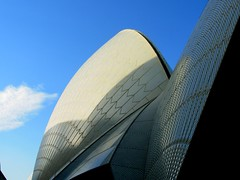 DSCN2029 (plethora4834) Tags: shadow sky sydney australia operahouse