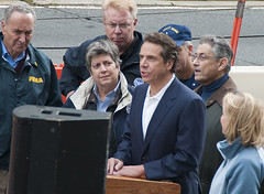 SANDY BB Tunnel Gov Cuomo press conf-3808 crop...