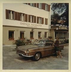 Renault Floride (desfemmesetdesvoitures@yahoo.fr) Tags: auto old woman cars car sedan vintage wagon mujer women femme voiture des coche frau dame et mujeres fille coches femmes dona voitures cabriolet dames wagen machina regazza desfemmesetdesvoitures