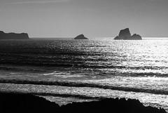 Costa (jdelrivero) Tags: sea blackandwhite bw costa blancoynegro mar colores bn elements geology provincia olas cantabria geologia elementos