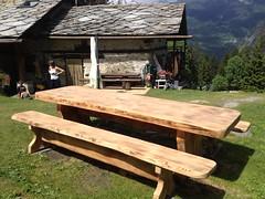 IMG_1337 (serafinocugnod) Tags: legno tavoli