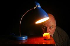 The Interrogation of an Orange - A Study in Incadescence and Strobism (Studio d'Xavier) Tags: blue orange lamp 365 ilovelamp strobist werehere 144366 may232016