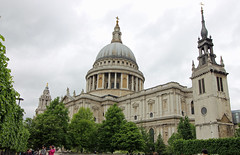 London - St Pauls Cathedral (David Russell UK) Tags: city england building london history church saint st architecture paul cathedral pauls structure historic