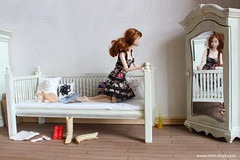 Daybed (Mini-Chair) Tags: miniature daybed momoko shabbychic minichair roombox momokodoll 16scale barbiefurniture playscale 16diorama 16scalefurniture momokodaybed