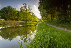 Grand Union Canal (John__Hull) Tags: trees light summer reflection nature water countryside canal nikon leicestershire union sigma grand 1020mm d3200