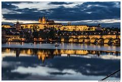 Navalis 2016 - Prague (MikyRafa) Tags: bridge sol del ro river boats puente fiesta barcos prague praga celebrations puesta charlesbridge vltava moldava navalis