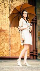 Regard de Femme (6 rue Etienne Dolet, Brest, France) - Rue Pasteur - Modle : Pauline #mode #fashion #brest (Olivier1975) Tags: zeiss iso400 sony 85mm f22 mode pauline ze regarddefemme ilce7rm2 sonyalpha7rmarkii milvus1485