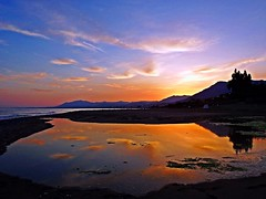 Reflejos (Antonio Chacon) Tags: sunset espaa atardecer mar spain andalucia costadelsol mediterrneo mlaga marbella