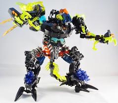 Sadrak, King of Beasts (Monarth the Contrarian) Tags: model lego beast fusion bionicle combo combiner umarak doomarak