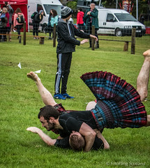 Scottish Backhold Wrestlers (FotoFling Scotland) Tags: scotland argyll event lochlomond highlandgames luss paulcraig lusshighlandgames lussgathering paulferrey