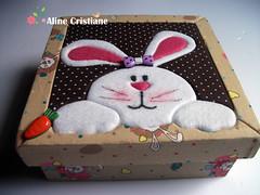 Patchwork Embutido para pscoa (Line Artesanatos) Tags: pscoa caixa coelhinha patchworkembutido