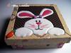 Patchwork Embutido para páscoa (Line Artesanatos) Tags: páscoa caixa coelhinha patchworkembutido
