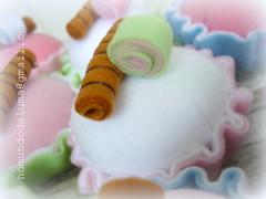 Cupcakes (No mundo da Luma) Tags: cupcakes feltro docinhosdefeltro cupcakesdefeltro docesdefeltro