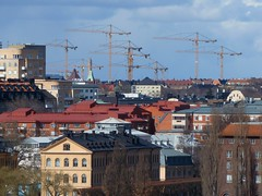 Forest of cranes (skumroffe) Tags: tower hospital site construction torre sweden stockholm baustelle cranes constructionsite grua 630 solna bygge nya 550 skanska liebherr sjukhuset karolinska ech sjukhus nks turmdrehkran byggarbetsplats turmdrehkrane lyftkranar nyakarolinskasolna tornkranar torenkran torenkrane nyakarolinskasjukhuset nyakarolinska skanskamaskin