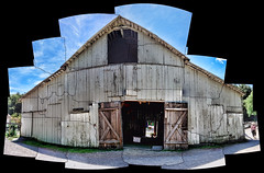 Barn (LeftCoastKenny) Tags: utata whitebarn ranchosanantonio thursdaywalk utata:color=black utata:description=hide utata:project=tw313